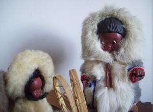 Vintage souvenir dolls Canada Inuit dolls 1950s-2